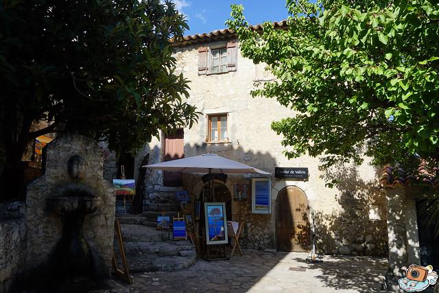 義法13日(Èze Village)