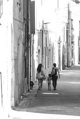 Scène de village . - Photo of Peyrolles
