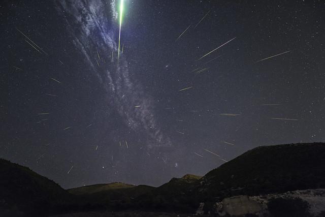 Perseids Meteor Shower of, Nikon D810A, AF-S Zoom-Nikkor 14-24mm f/2.8G ED