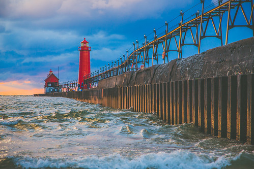 Grand Haven lighthouse. Photographer Gregory Bozik