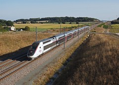 Rame TGV Duplex Paris - Bordeaux près de Courcôme (16)