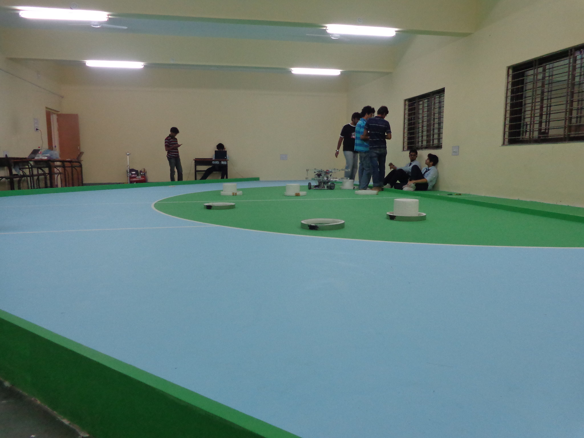 Robocon 2013 MIT Tech Team Pune: new lab