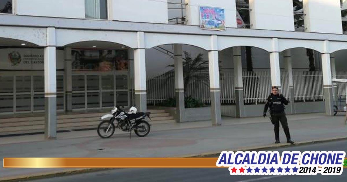 Policía Nacional descartó presencia de bomba en edificio municipal