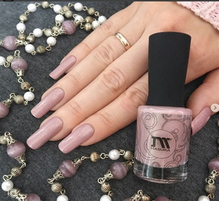 25+ Stunning Pink With Glitter Nail Art Designs