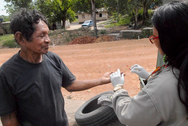 08.08.18 endemias - Ações de combate ao mosquito transmissor da malária na Vila do Tarumã.