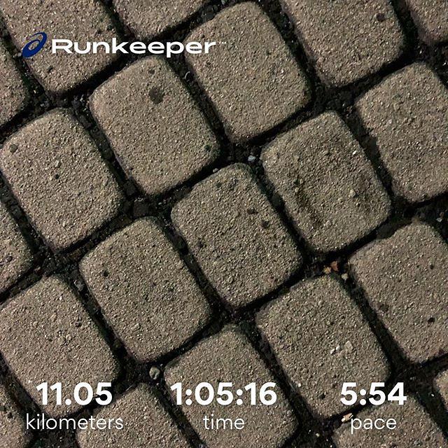 Photo:60分jog。3日連続&仕事後ということもあって脚が重く、無理せずゆっくりと。6分/kmで最後2kmだけ少し追い込み。やれやれ。 #ランニング #京都ラン #夜ラン #runkeeper #jog By is_kyoto_jp