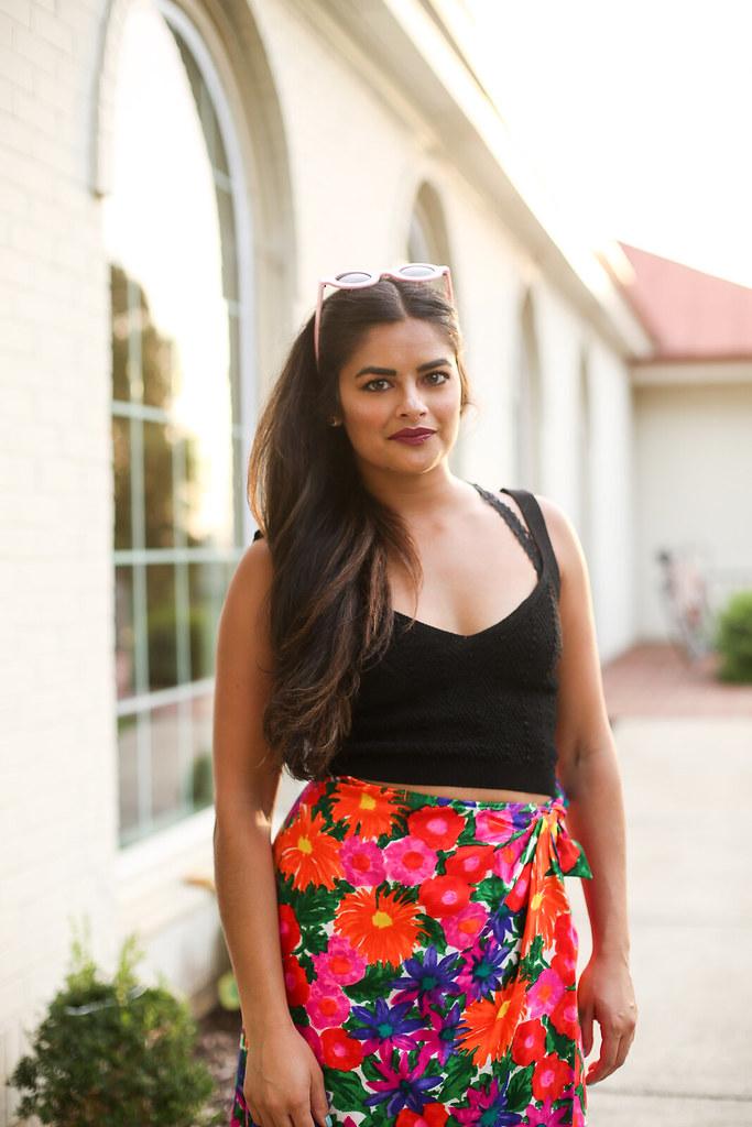Priya the Blog, Nashville fashion blog, Nashville fashion blogger, Nashville style blog, Nashville style blogger, vintage, vintage floral wrap skirt, vintage floral skirt, how to wear a vintage floral skirt, my favorite vintage find, Zara knit crop top, pink circle sunglasses, end of Summer outfit