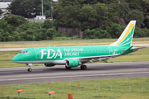 FDA ERJ-175 JA11FJ IMG_7863_2