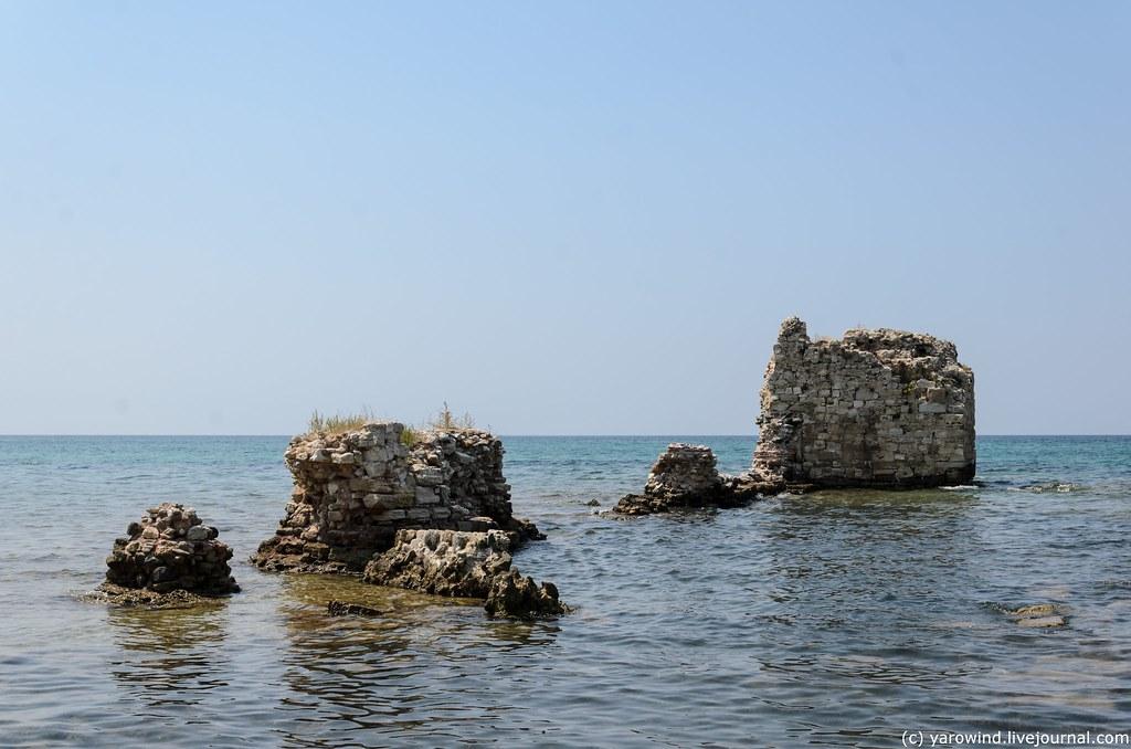 Кассандра: от римского канала до заброшенного кемпинга