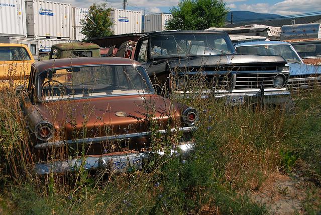 car junk yard (28)