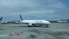 Boeing 777 - United airlines N784UA