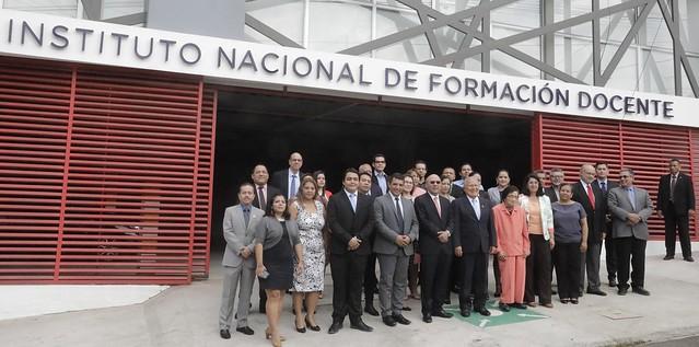 Inauguración del Instituto de Formación Docente.