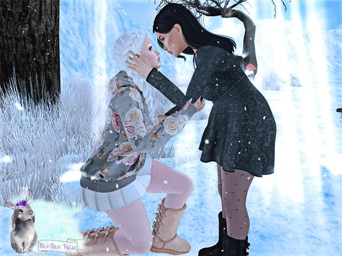 Snowflake Kisses Pose!