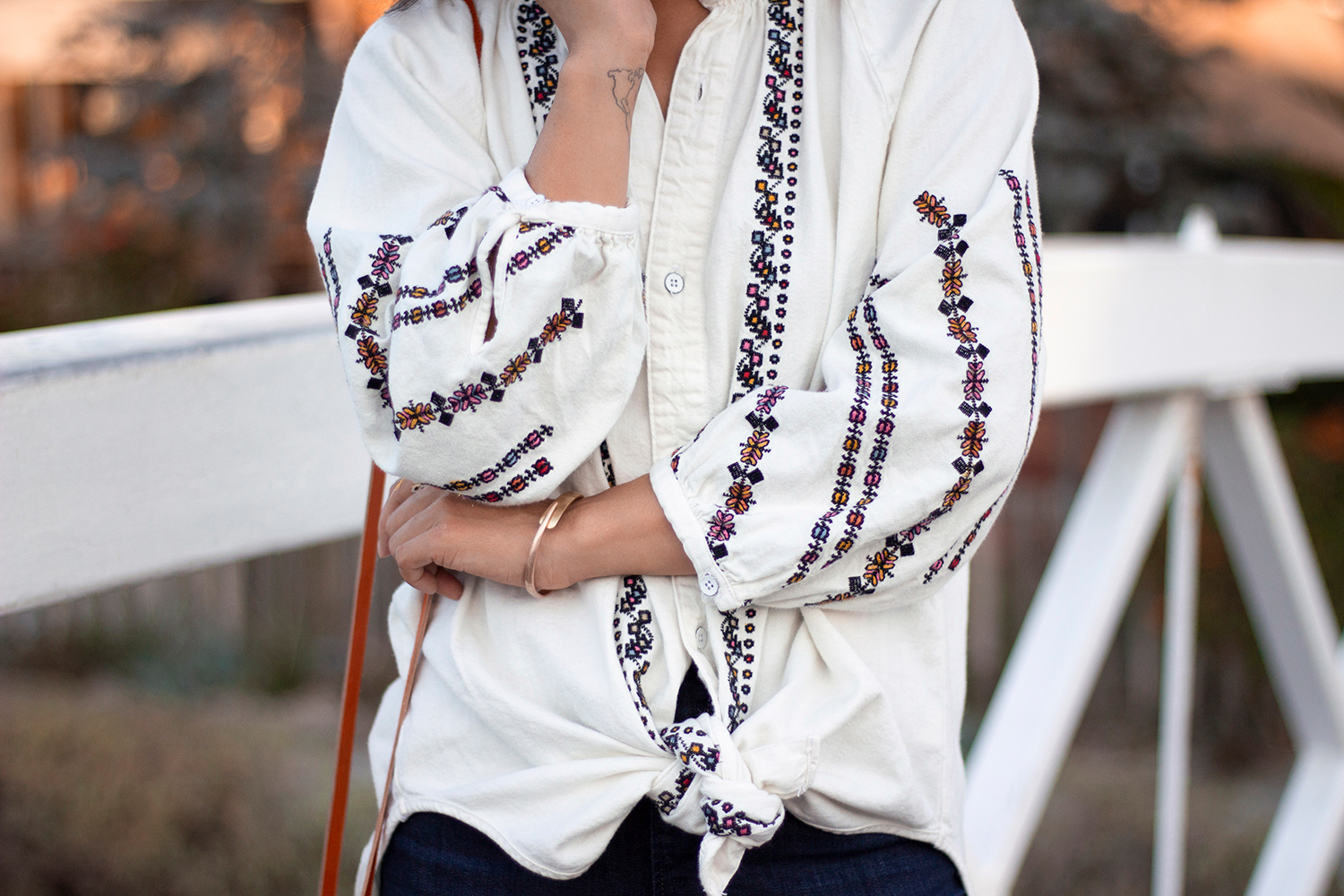 02luckybrand-embroidery-boho-venice-canals