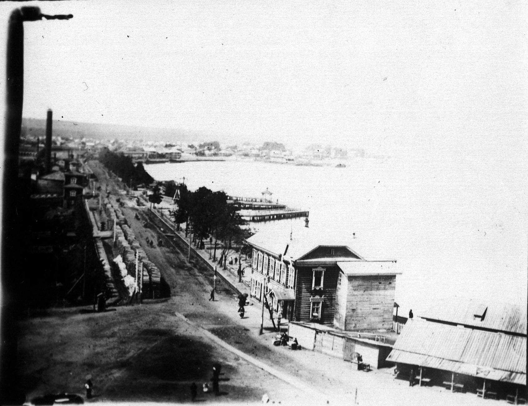 Вид на плотину с Благовещенского собора