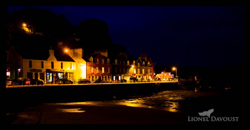 Tobermory harbor by night