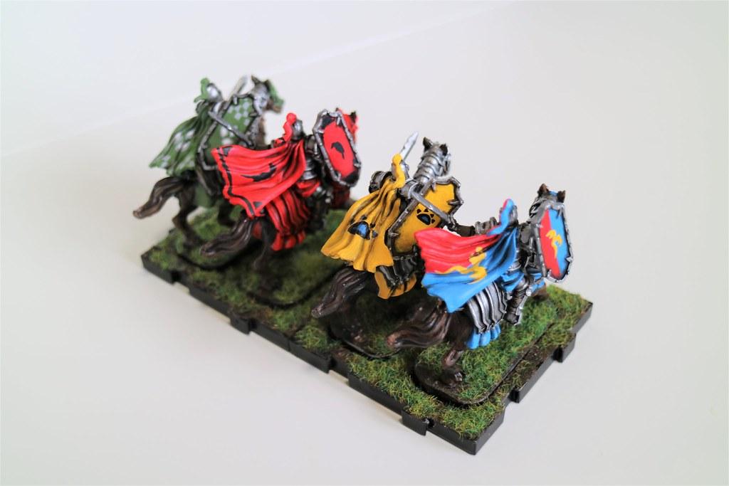 Runewars Miniatures Oathsworn Cavalry Bright Back