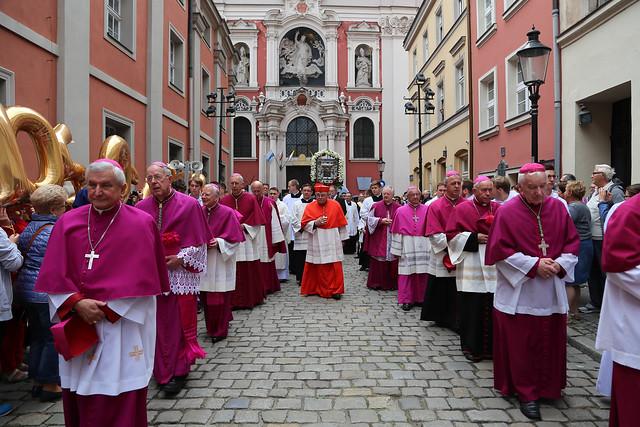 1050 rocznica archidiecezji poznańskiej - Procesja