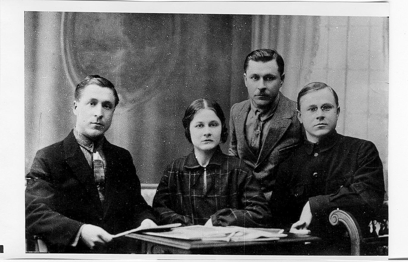 Дмитрий, Елизавета, Николай, Анатолий Ивановичи Черепенины