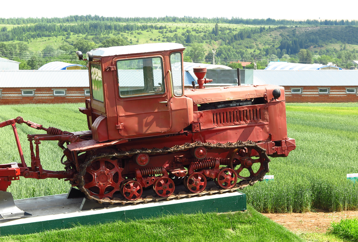 07  Трактор ДТ-75М, Татарстан, Кукморский район