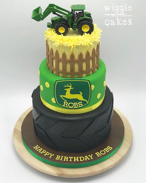 Cake by Wiggle Cakes