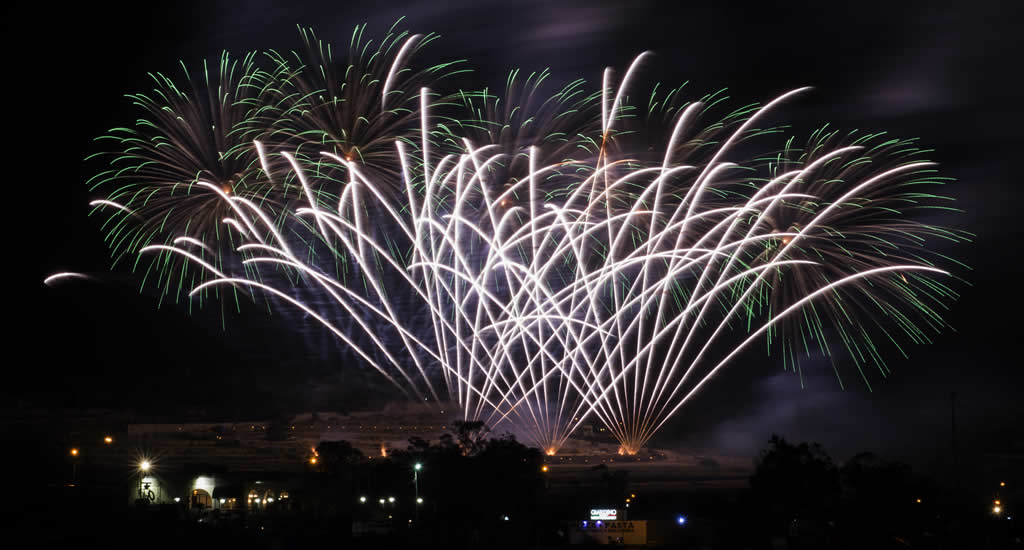 Festivals op Malta: vuurwerkfestivals op Malta | Mata & Gozo