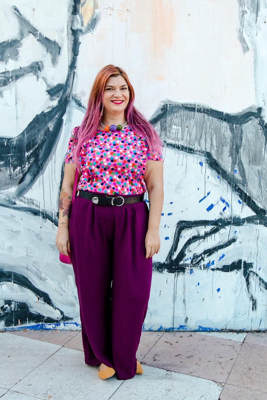 outfit plus size curvy tshirt artigianale misstufi panta palazzo viola (7)