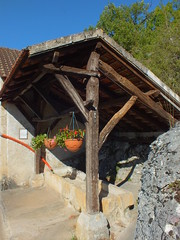 Carlucet - La fontaine du Pouget - Photo of Séniergues