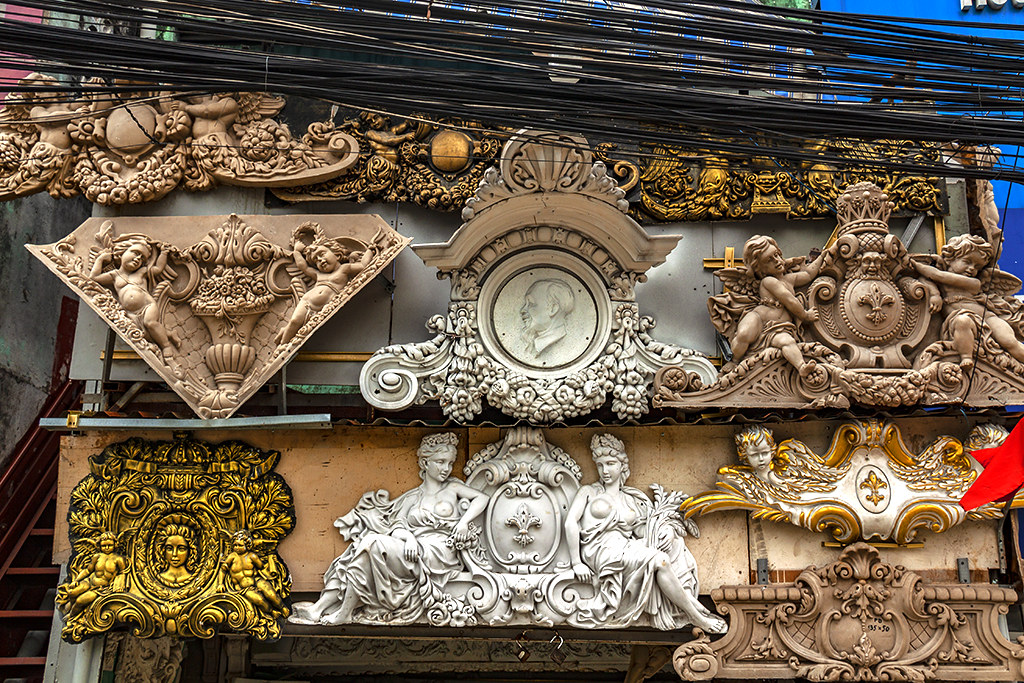 Sculptural reliefs--Saigon