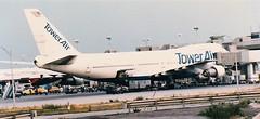 N602FF at LGW September 1985 (Scan)
