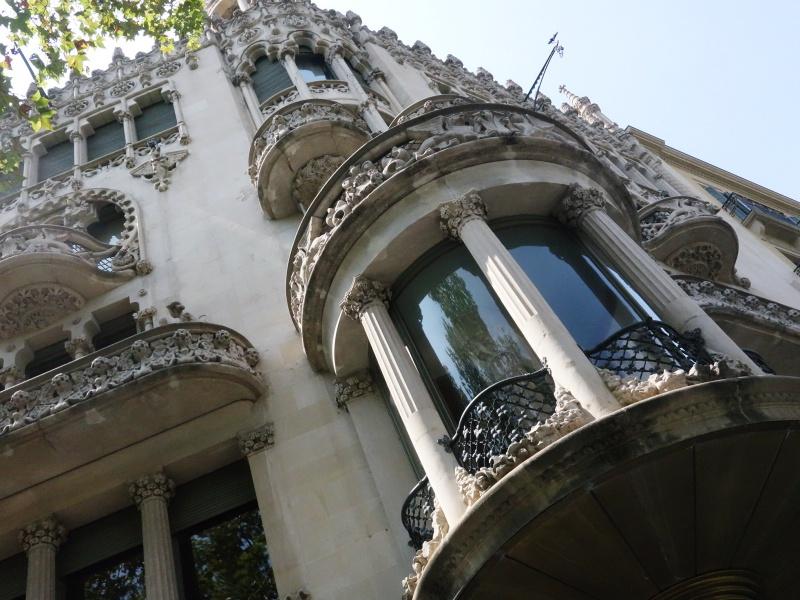 Barcelona architecture Loewe