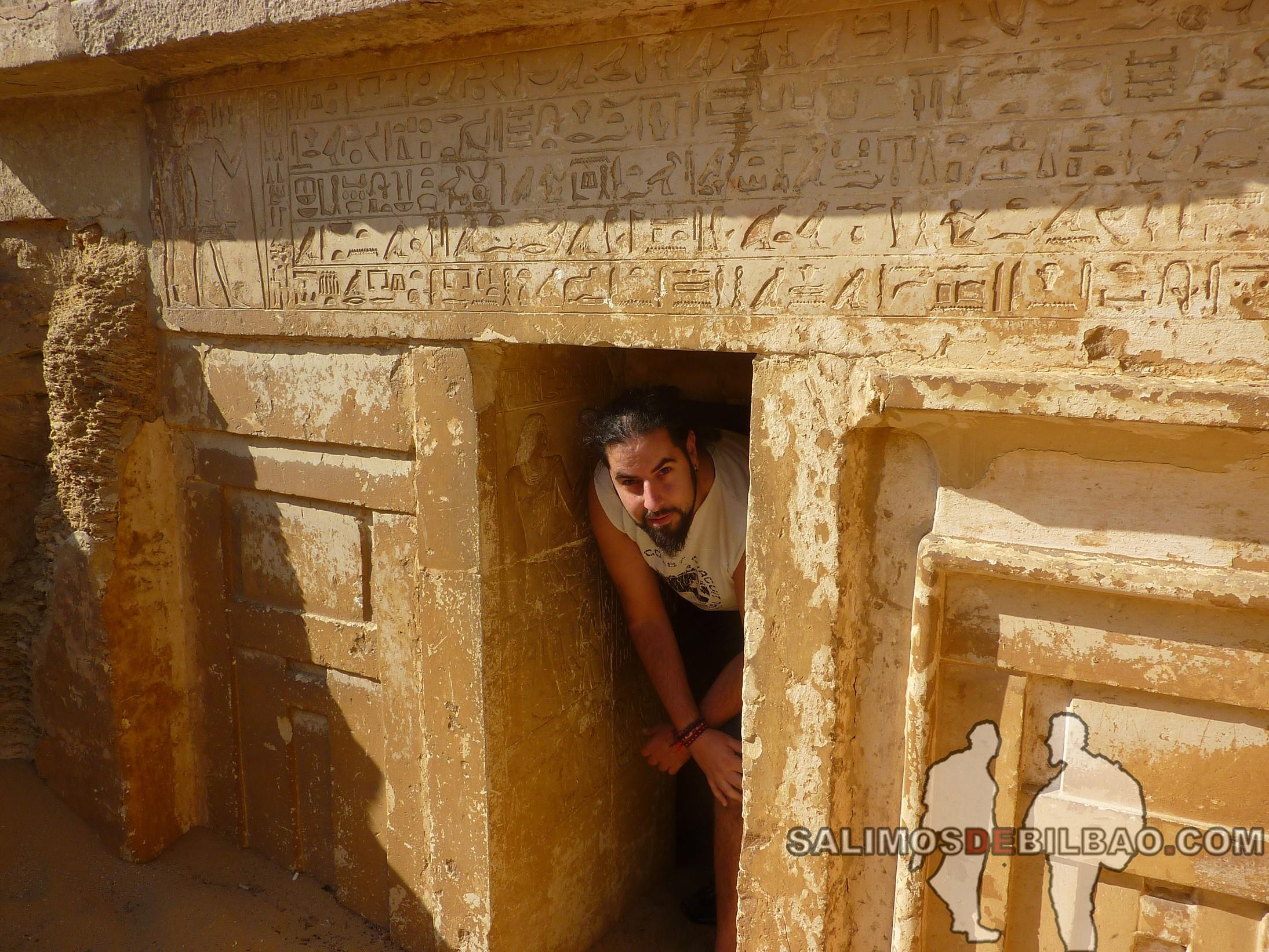 0327. Katz, Tumbas en el Complejo de la Pirámide escalonada de Zoser, Saqqara