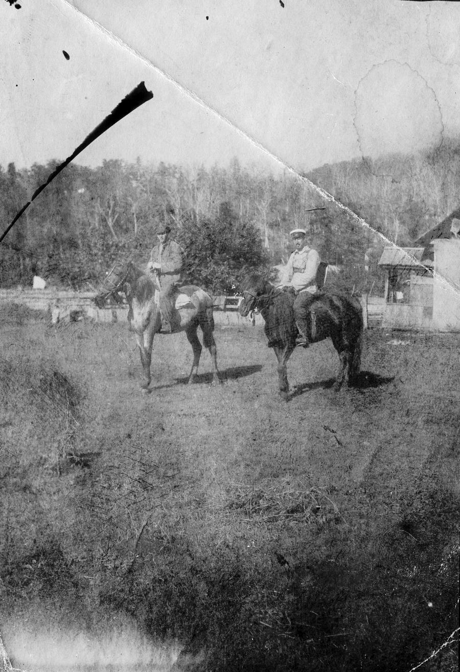Павлов М. А. с участниками Верхнесучанской экспедиции