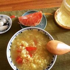 curry okayu❤︎ ・ ・ ・ #お粥 #カレー #らっきょう #水出し #煎茶 #グレープフルーツ #東京 #coldbrew #sencha #grapefruit #rakkyo #curry #okayu #tokyo #japan #riceporridge