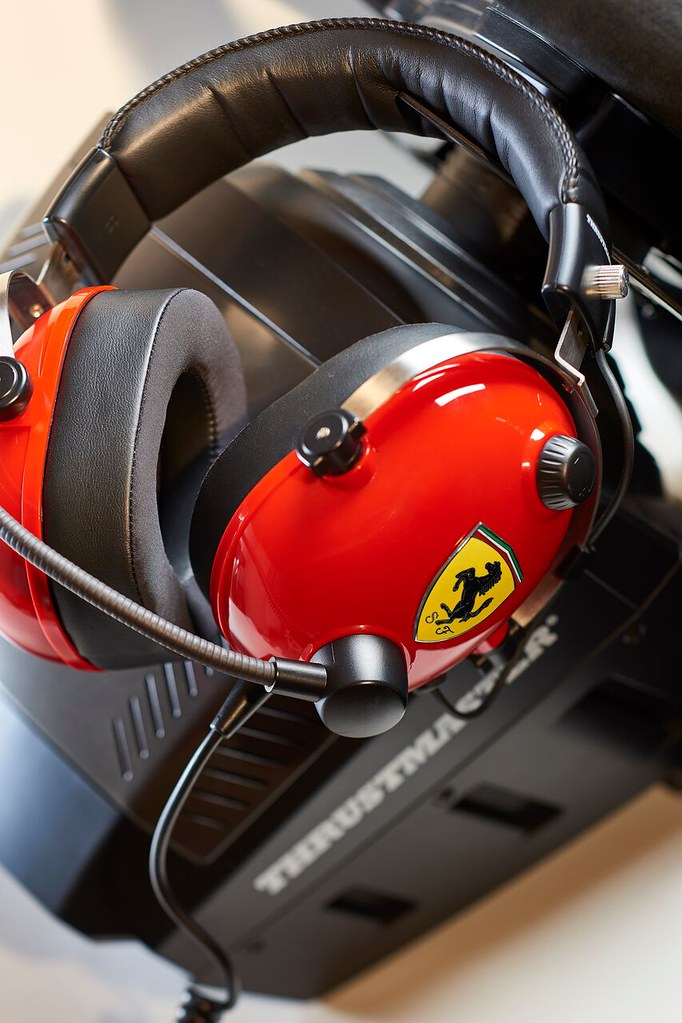 Jeu de direction Ferrari Thrustmaster