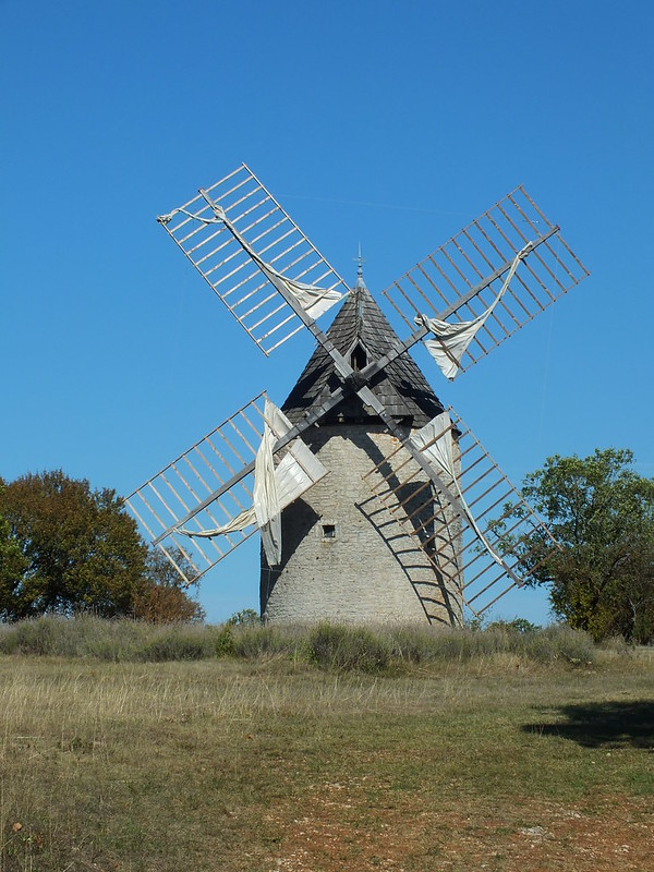 Carlucet - Moulin à vent de La Comté
