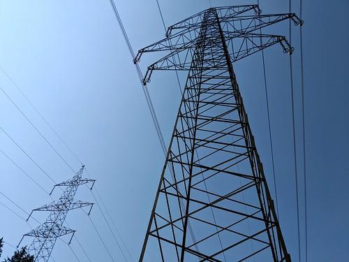 380 kV