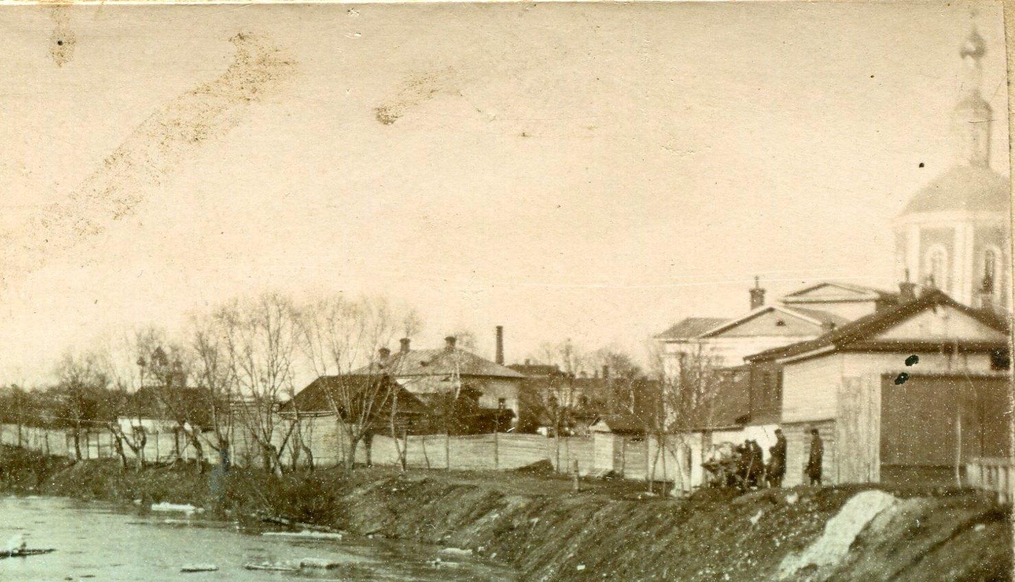 Река Орлик и Богоявленский собор