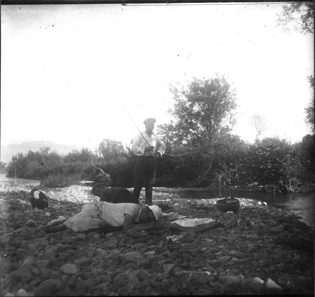 Участники экспедиции по Сучану