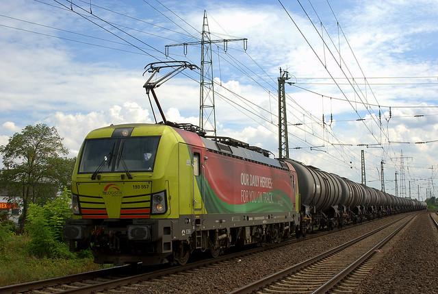 ATLU/TXL 193 557 // Mainz-Mombach, Nikon D3000, AF Zoom-Nikkor 35-105mm f/3.5-4.5D