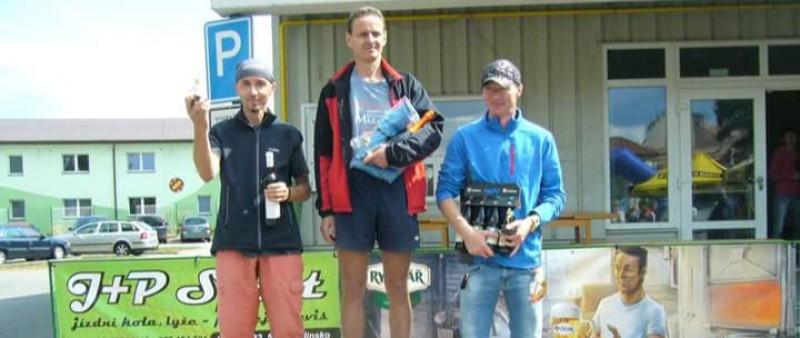 Hlinecký půlmaraton vyhráli Kouřil a Klinecká