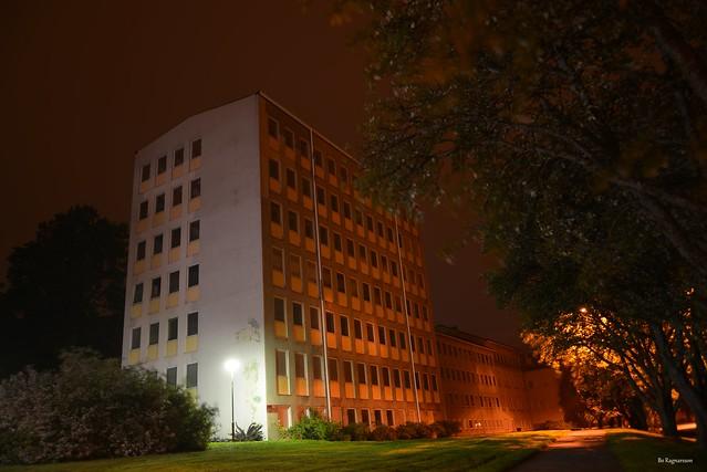 Night At The Old, Nikon D600, AF Zoom-Nikkor 28-80mm f/3.5-5.6D