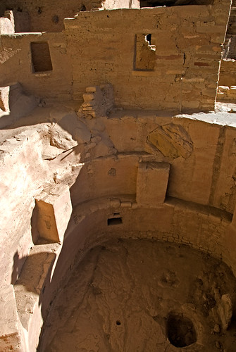Spruce House, a cliff dwelling in Mesa Verde National Park, Colorado