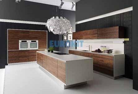 Tủ bếp gỗ công nghiệp Laminate sang trọng