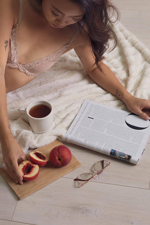 03natori-bra-lingerie-lifestyle