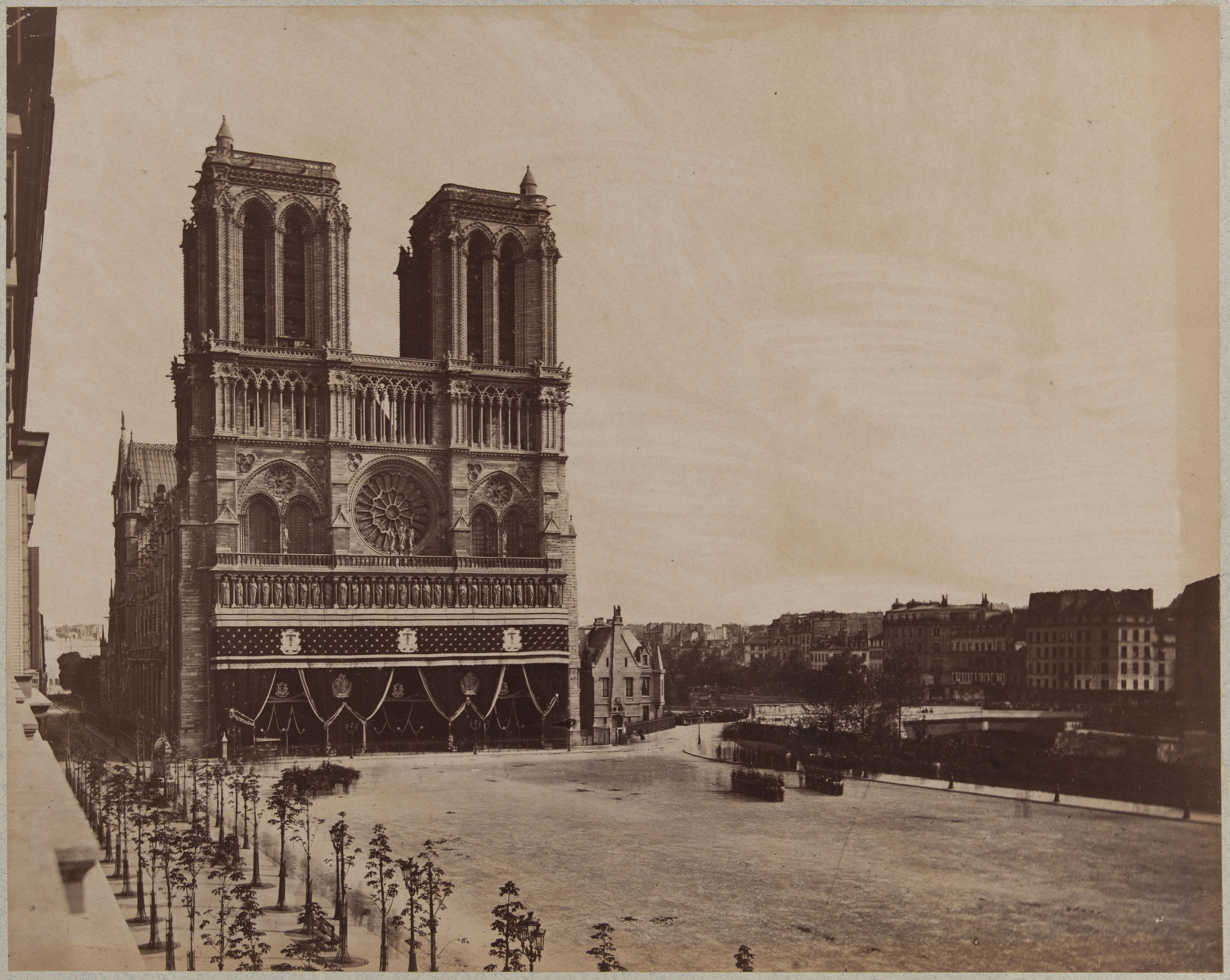 Площадь перед Нотр-Дам после разрушения старого Отель-Дьё де Пари