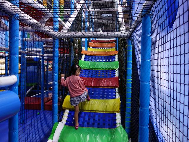 網狀的樓梯