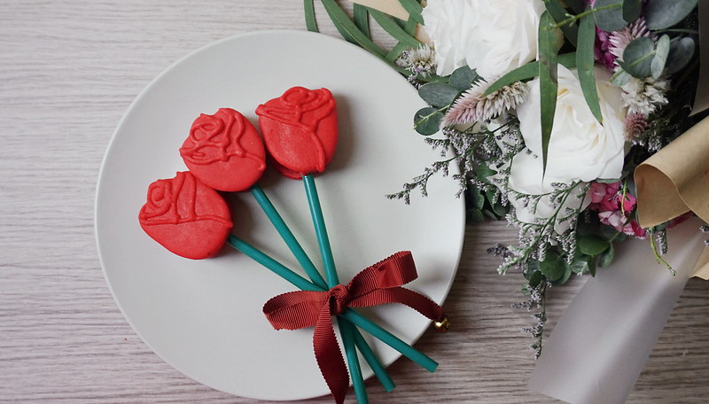 flower bouquet singapore macarons