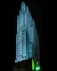30 Rock #rockefellercenter #30rockefellerplaza #30rockedit #30rock #midtownmanhattan #skyscrapers #tower #newyorkcity #nightshot #nightphotography #chrislord #chrislorddotnyc #pixielatedpixels #nycphotographer #creativeimages #creativegrammer #createtoexp