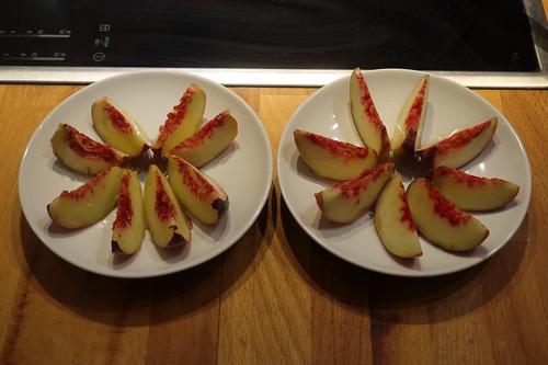 Pfirsiche (aufgeschnitten)